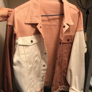 ♥️ TWO-TONED Pink/White Jean Jacket♥️